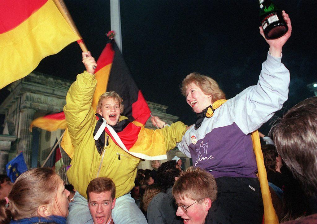 Itä Ja Länsi Saksa